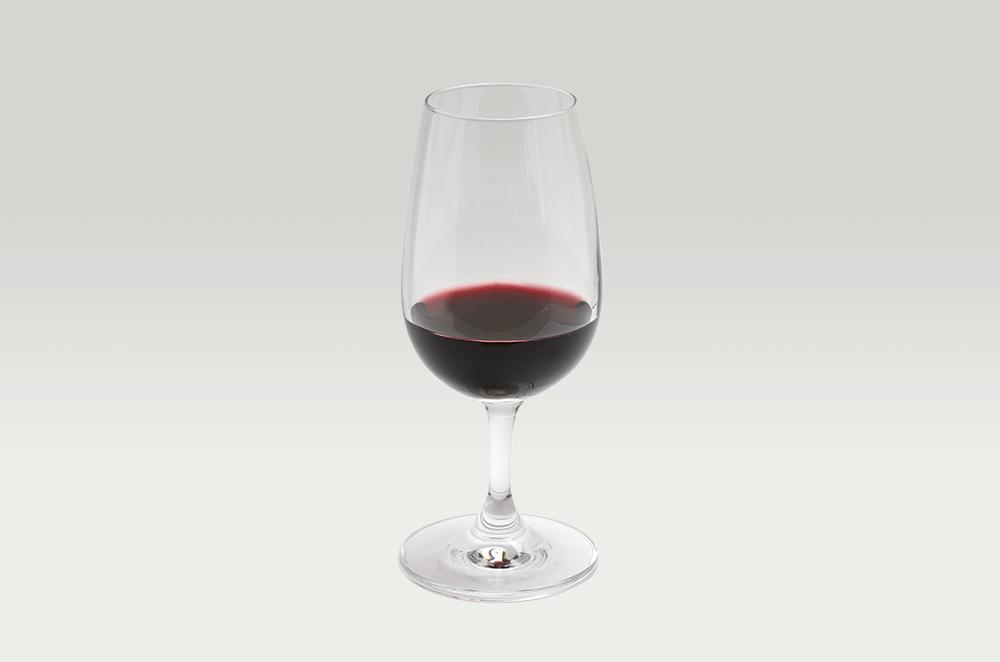 サトウ・ワインズ ピノ・ノワール2015