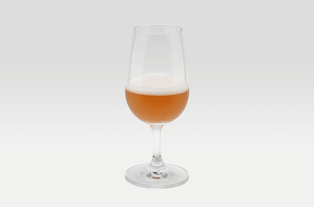 シレーニ エステート スパークリング ロゼ グラス