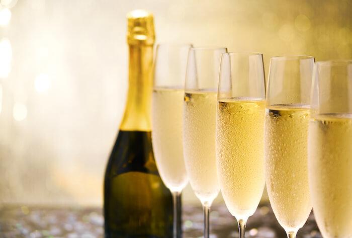 シャンパン、シャンパーニュ(グラス)