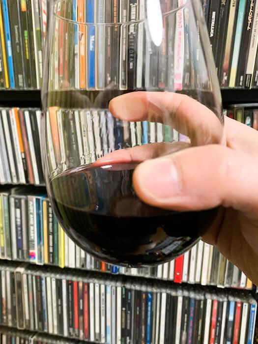 赤ワイングラス写真