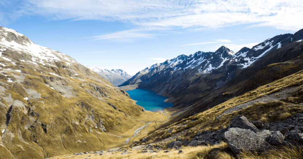トレイル王国NZ最長の「テ・アラロア」。6歳の少女が2,300kmを歩く!top.png トレイル王国NZ最長の「テ・アラロア」。6歳の少女が2,300kmを歩く!ogp.png トレイル王国NZ最長の「テ・アラロア」。6歳の少女が2,300kmを歩く!